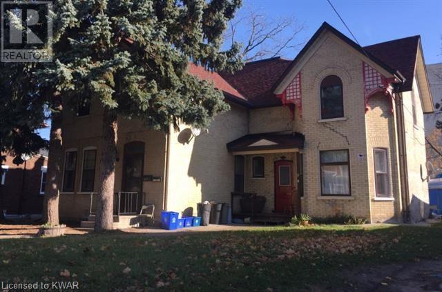 19 PETER Street, kitchener, Ontario